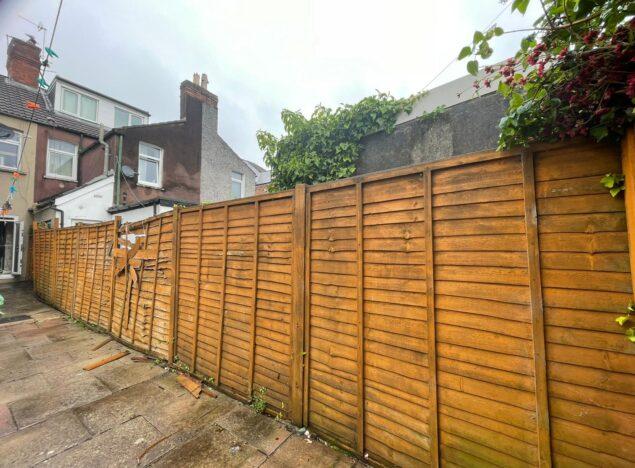 garden Fencing Cardiff